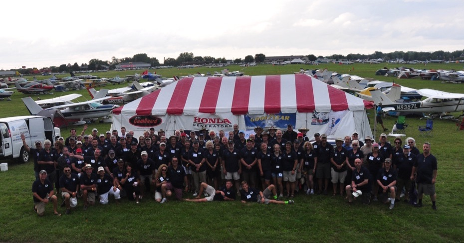 2017 Cessnas 2 Oshkosh Group Picture