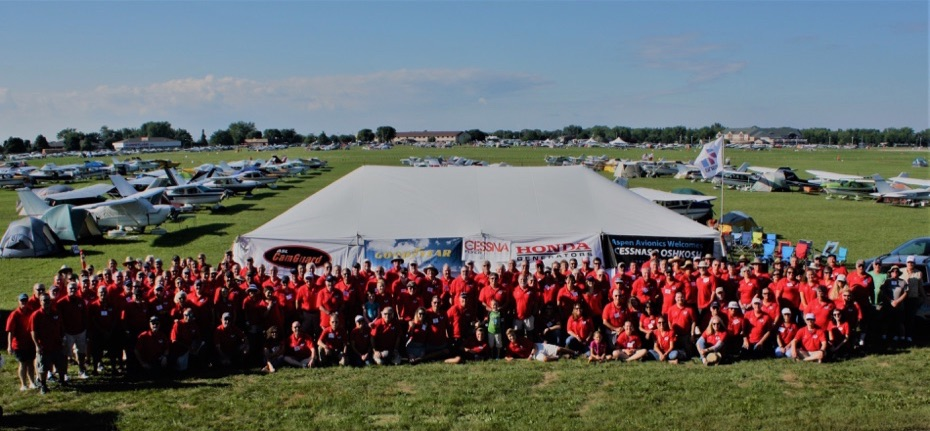 2018 Cessnas 2 Oshkosh Group Picture